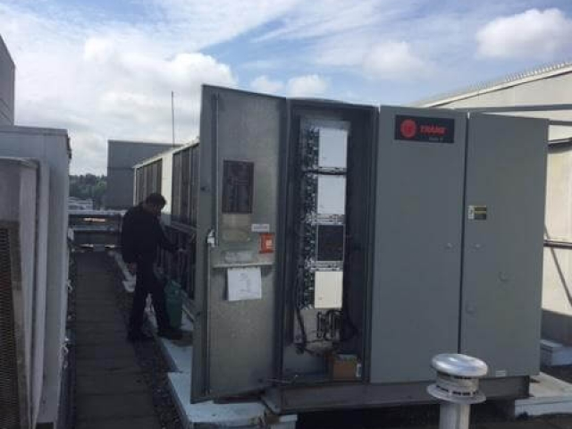 Air to Water Chiller Maintenance